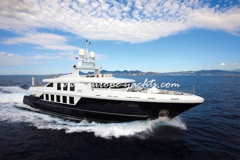 Natori yacht for charter