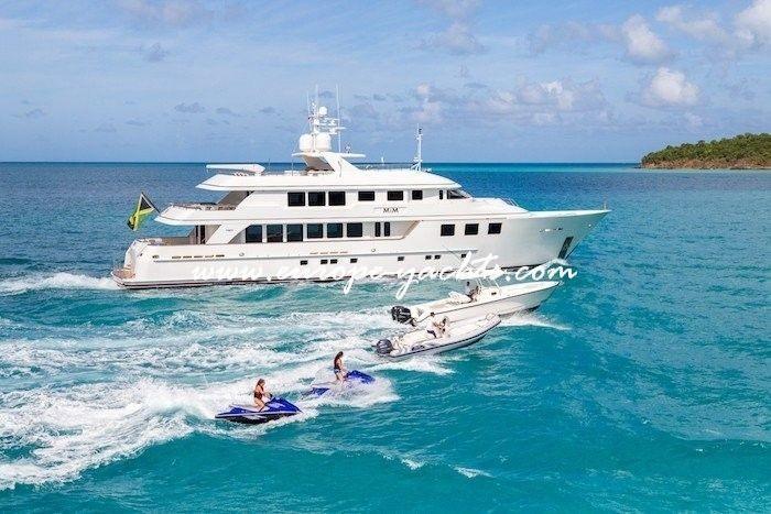 Luxury Yacht Charter Croatia on board motor yacht MIM with Europe Yachts Charter