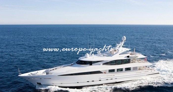 La Tania Luxury Yacht Charter Croatia and France
