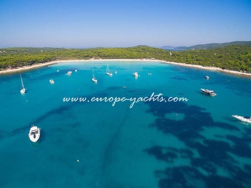 Europe Yachts Charter Croatia Dugi Otok Sakarun Bay Min