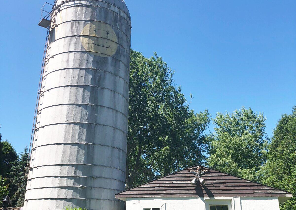 Walkthrough Wednesday: Phoenix Farmhouse