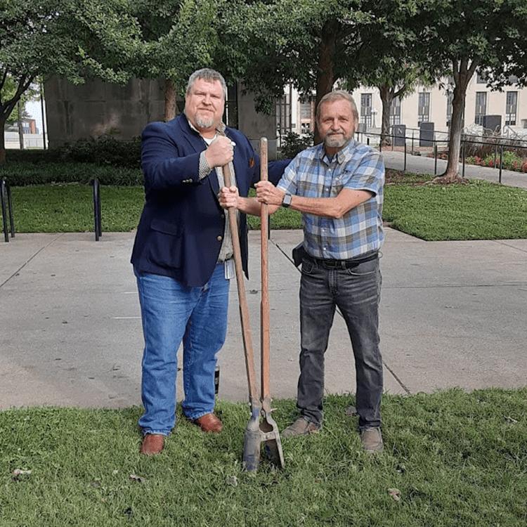 Digging the hole for the Gerst House Nashville historical marker