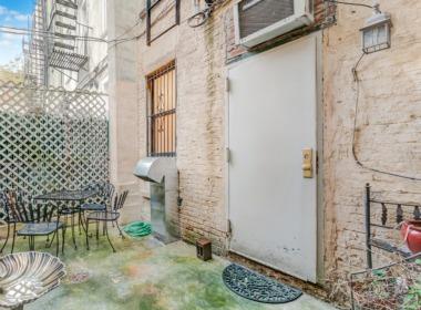 496 Court St #1 patio
