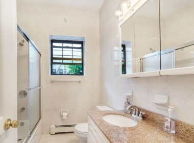 59 2nd Pl bathroom