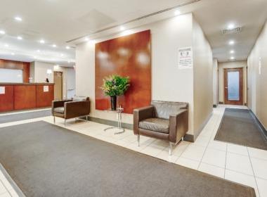505 Court St lobby