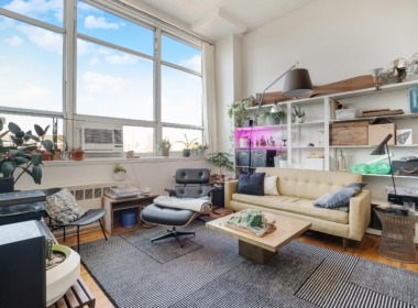505 Court 6E livingroom