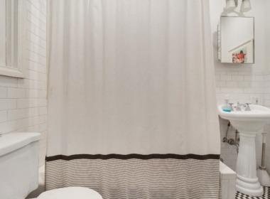 104 2nd Pl;3R bath