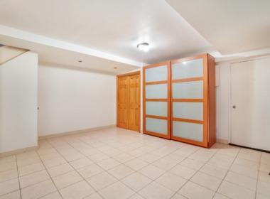 128 Douglass bedroom