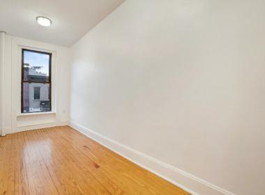 359 Sackett St 2nd bedroom