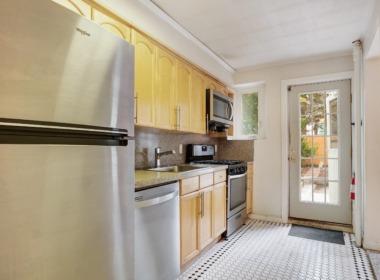 71 1st Pl kitchen