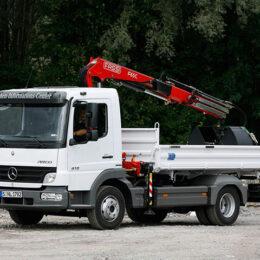 Daimler-Benz-with-Crane