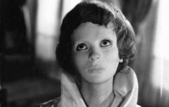 Featured: Eyes Without A Face – My Classic Horror Review