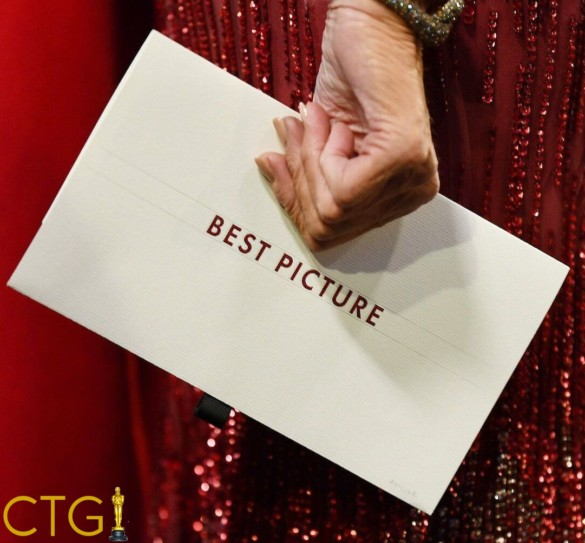 Chasing the Gold: 2022 Best Picture Race Begins – Episode 37
