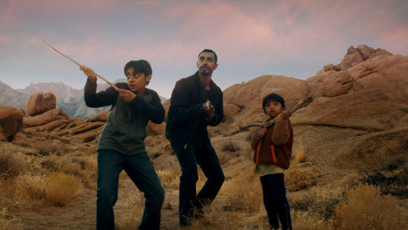 Movie Review (TIFF 2021): 'Encounter' merges sci-fi and family drama beautifully