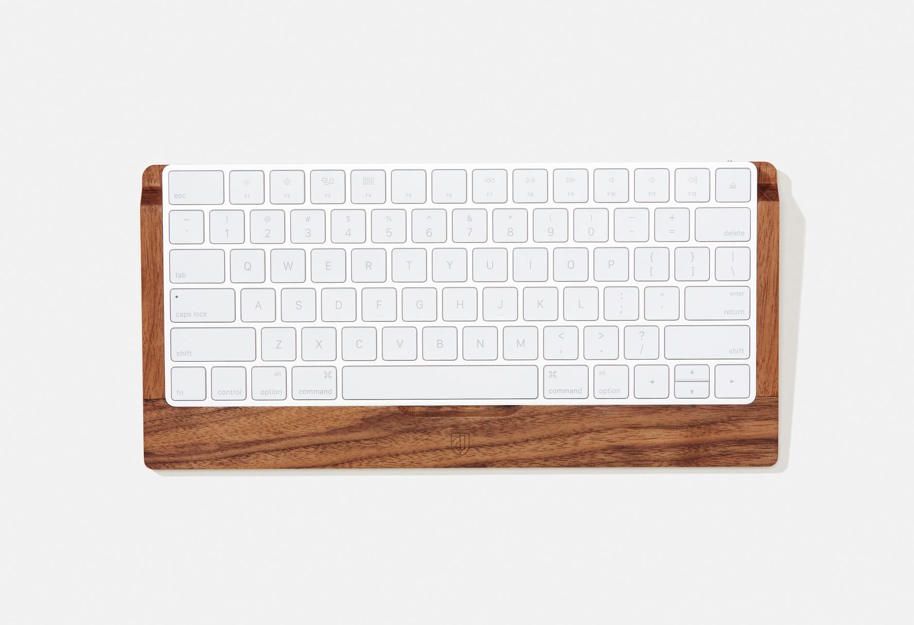 Grovemade_KeyboardTray_Walnut_000