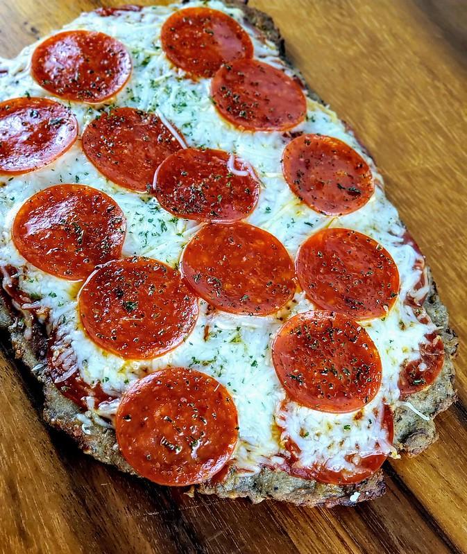 Ground Turkey Crust Pizza