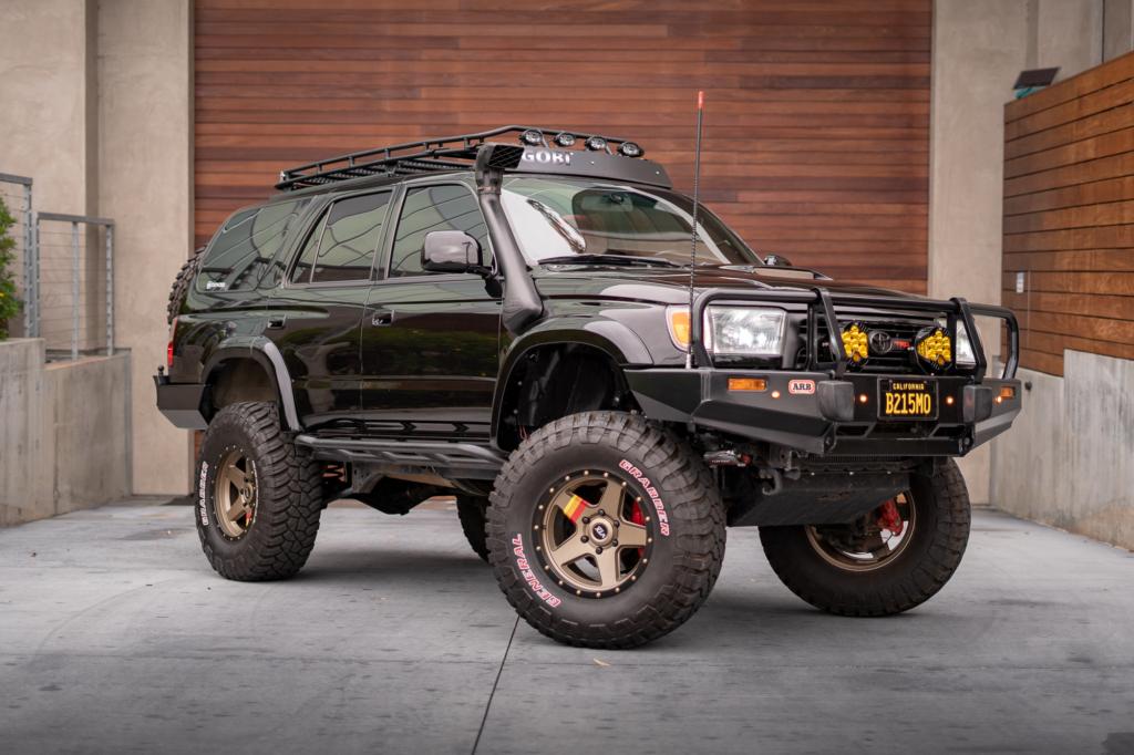 2000 Toyota 4runner Outworld