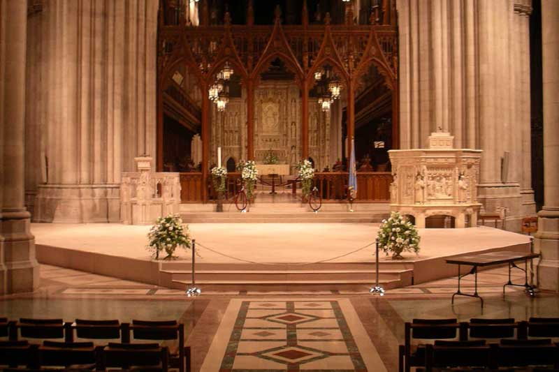 custom-painted-stage-at-national-cathedral