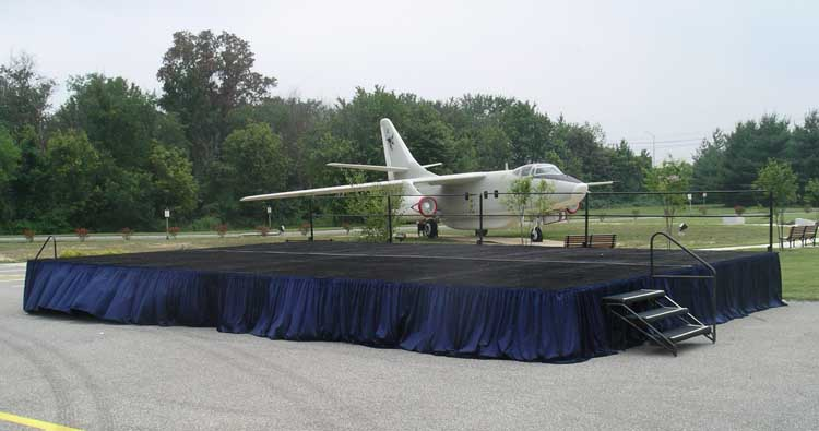 nsa-stage-with-jet-behind