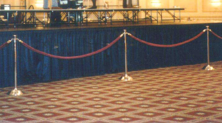 rope-and-stanchion