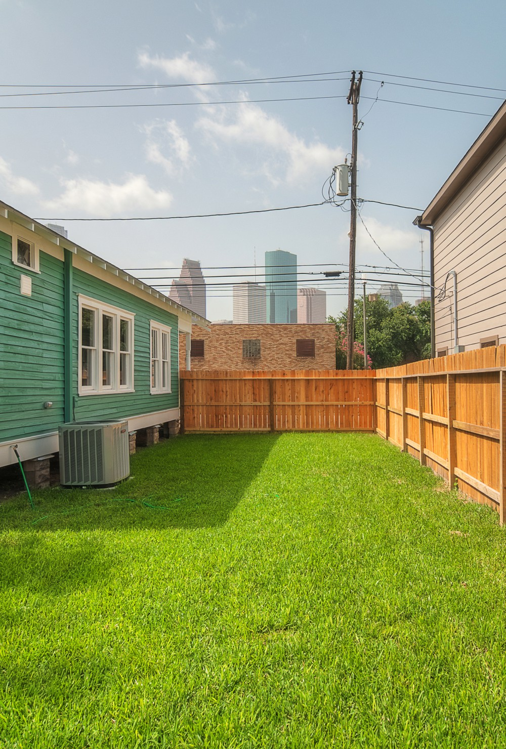 1202 Dart backyard 2