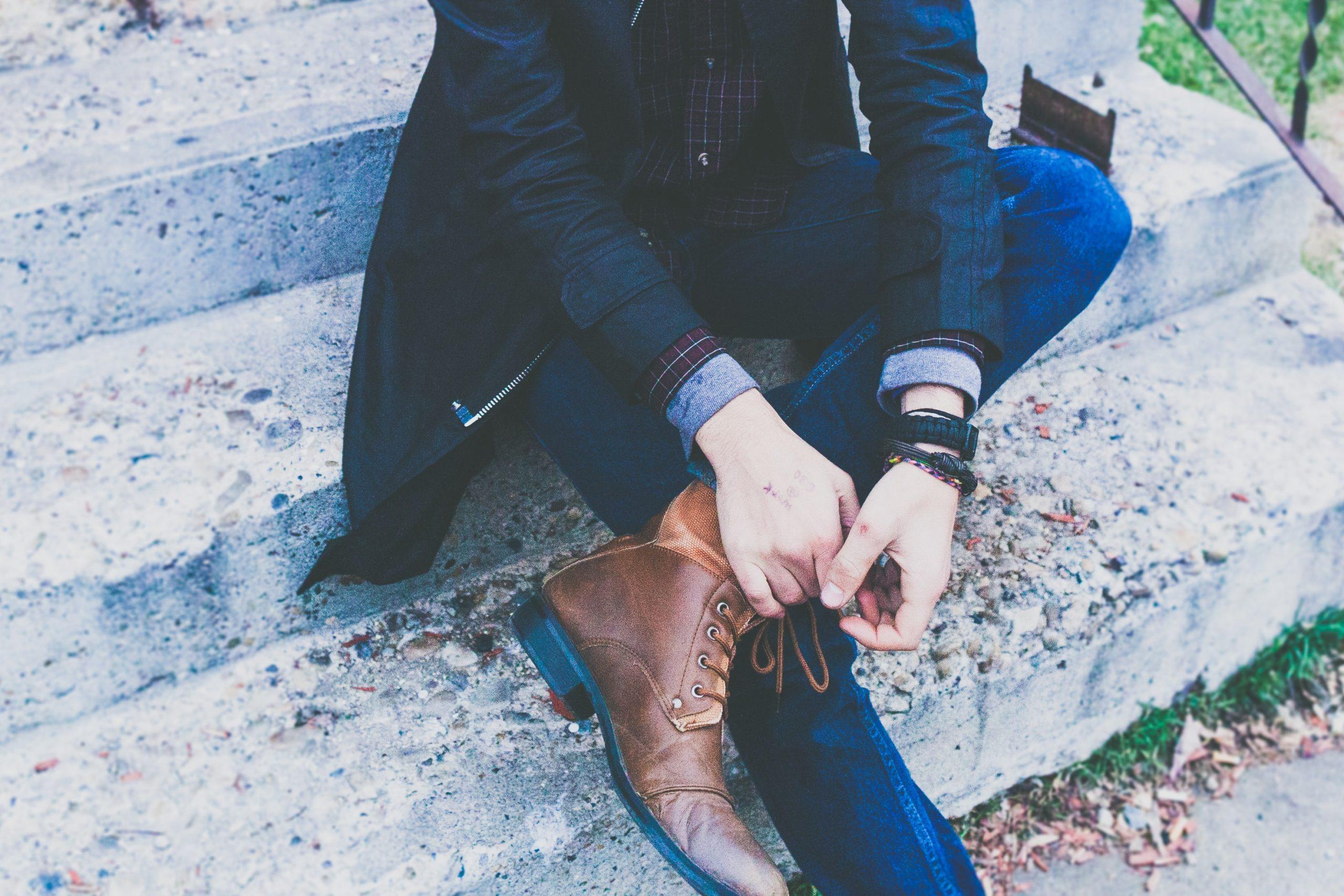 Seus pés e mãos têm bolinhas de água? Pode ser Disidrose!