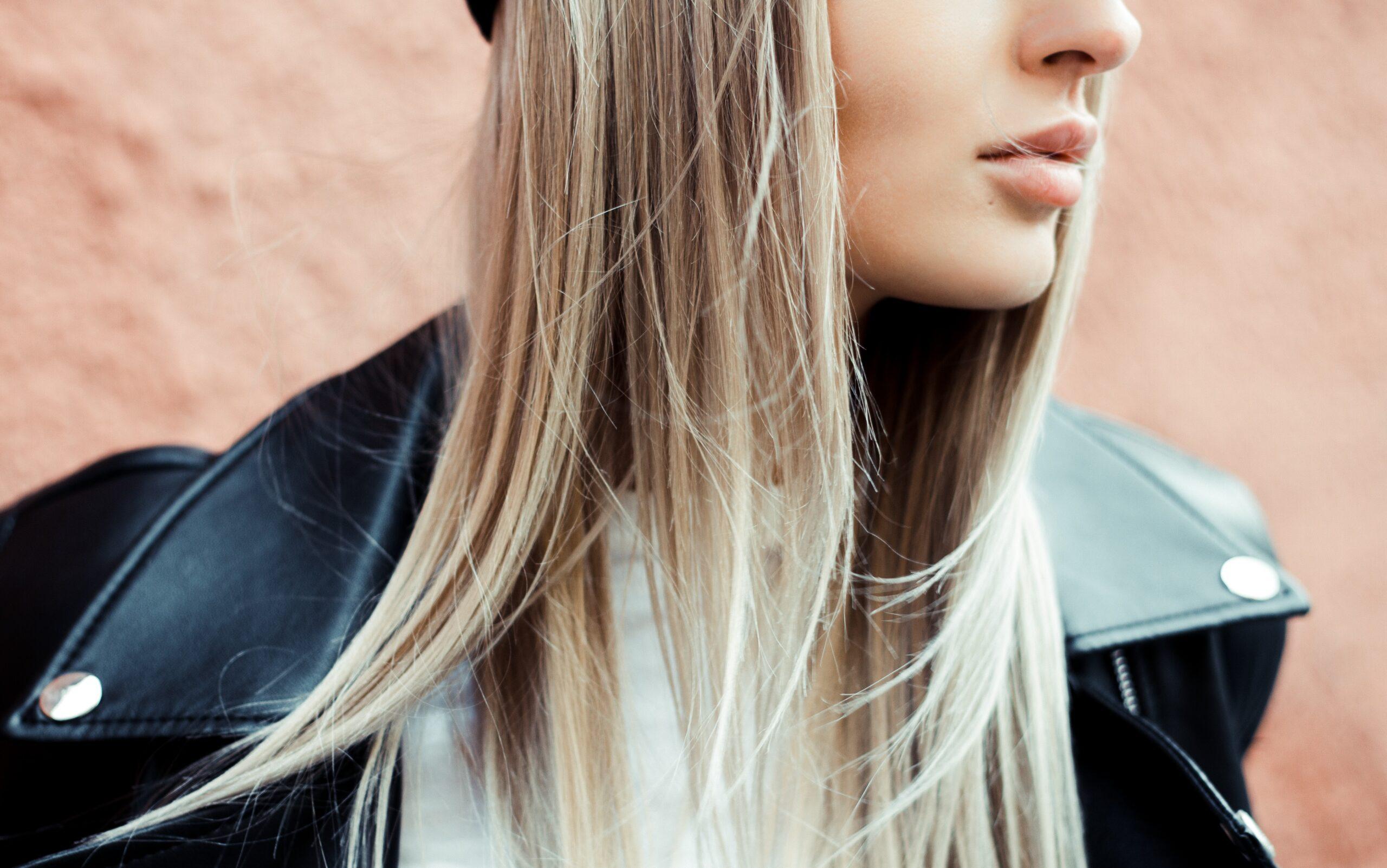Existe alisamento que não danifique o cabelo?