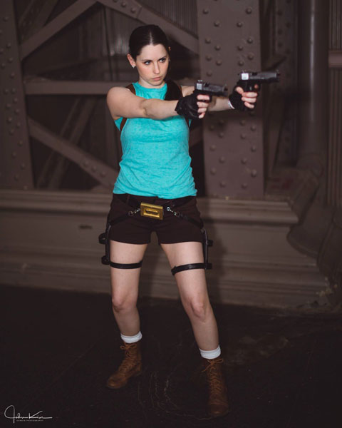 Lara Croft Classic Tomb Raider Cosplay