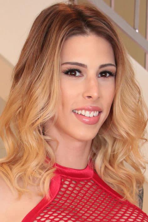 Casey Kisses Scores Three AVN Nominations