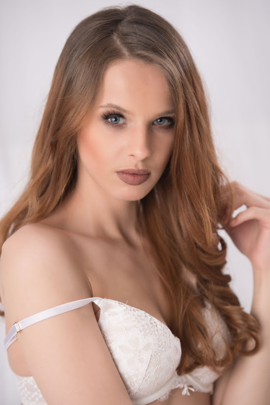 Jillian Janson Set For First Live OnlyFans Show May 23rd