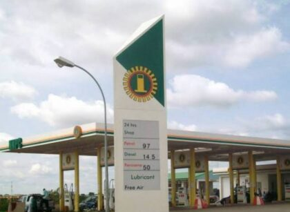 Fuel pump price go up again; Enugu sells N160/litre