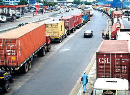 Nigeria suspends cargo trade