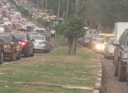 Ugwuanyi barricades Govt House