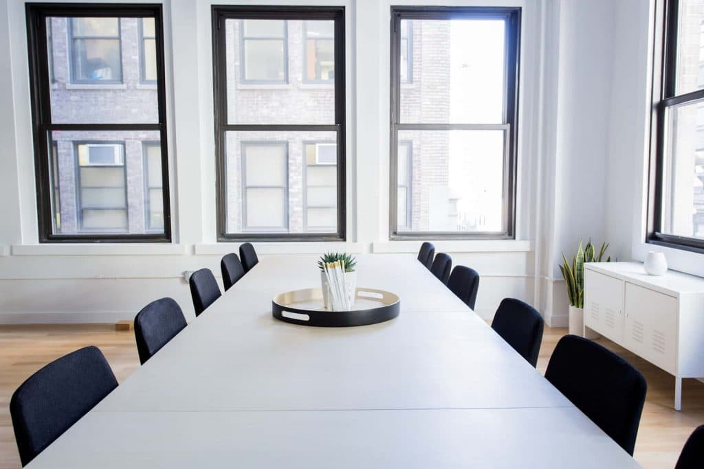These are your top 5 tips to create an eco-friendly workplace.