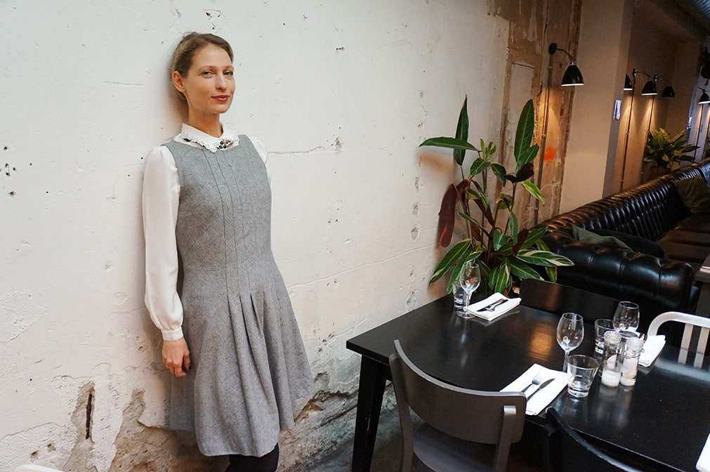 Victoria Onken is wearing woolen Filippa K dress from Amsterdam fashion library LENA