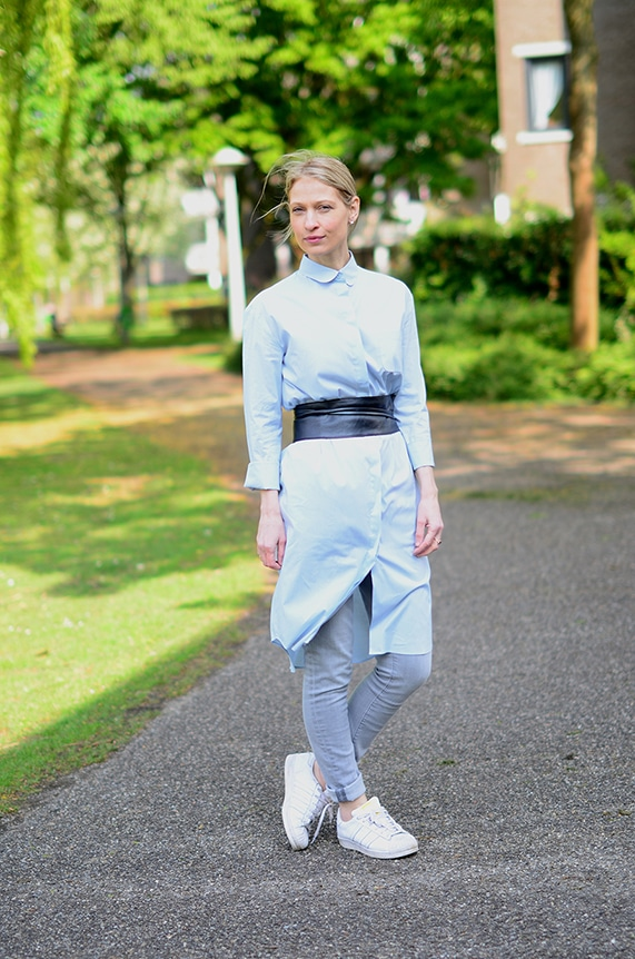 5 ways to wear a shirtdress : belted