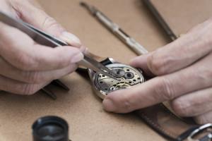 online watch repair