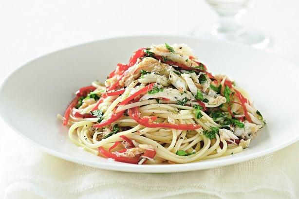 recipe for Crab linguine with chili