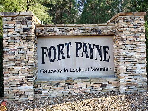 City Presents $200,000 to Fort Payne Board of Education