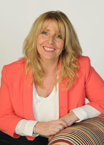 New CXK Chief Executive Pauline Smith (PRNewsFoto/CXK)