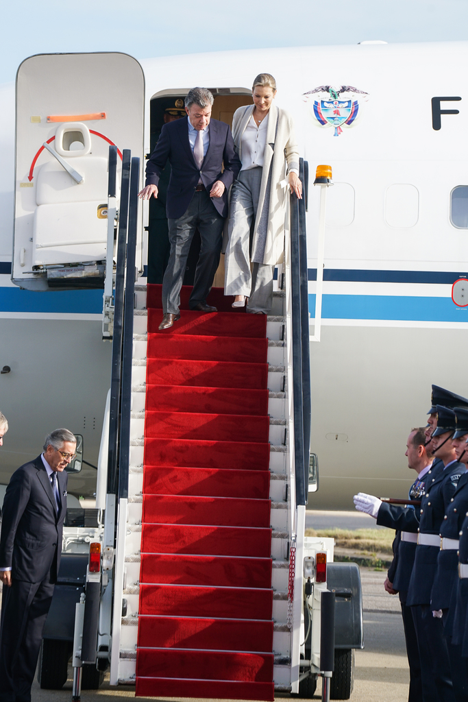 columbian-president-state-visit-stansted-31-10-16-107