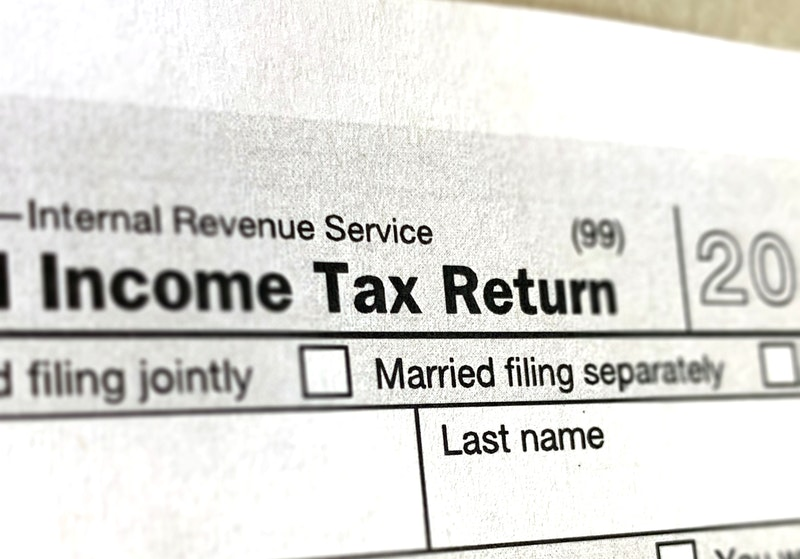 Should I Take The Standard Deduction or Itemize?