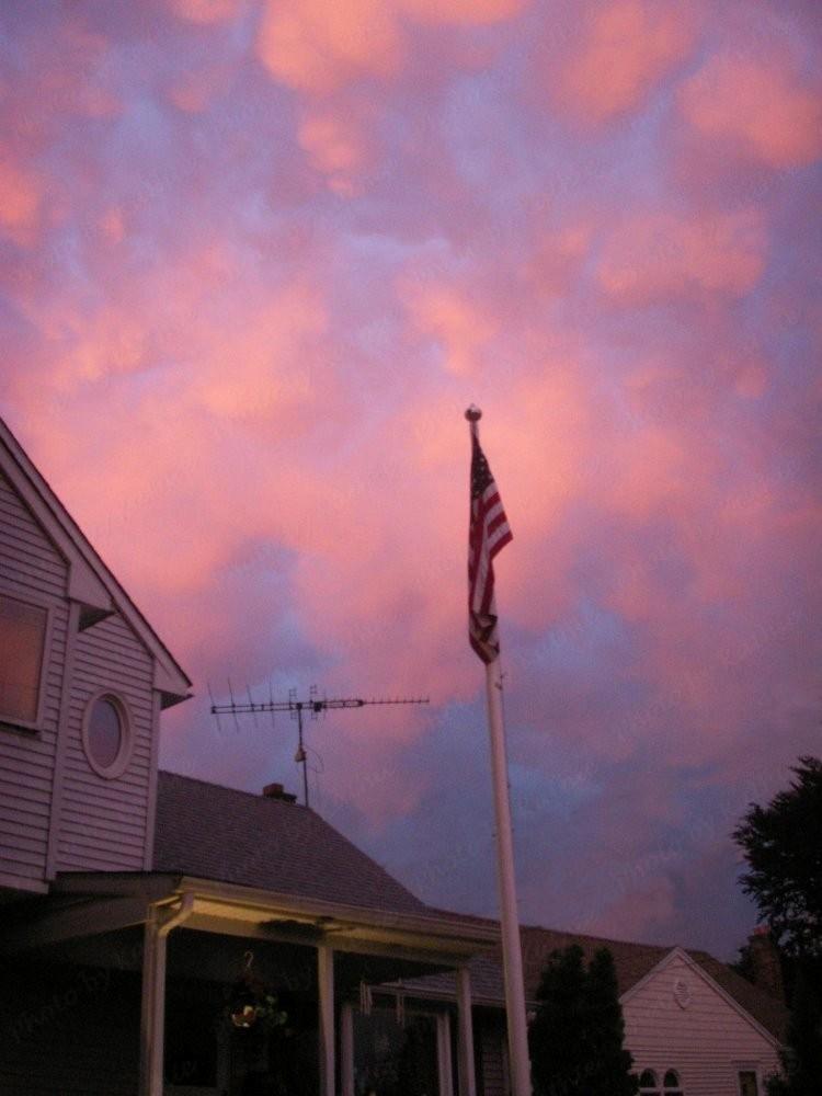 PICT0831-Flag-cloudsGSE