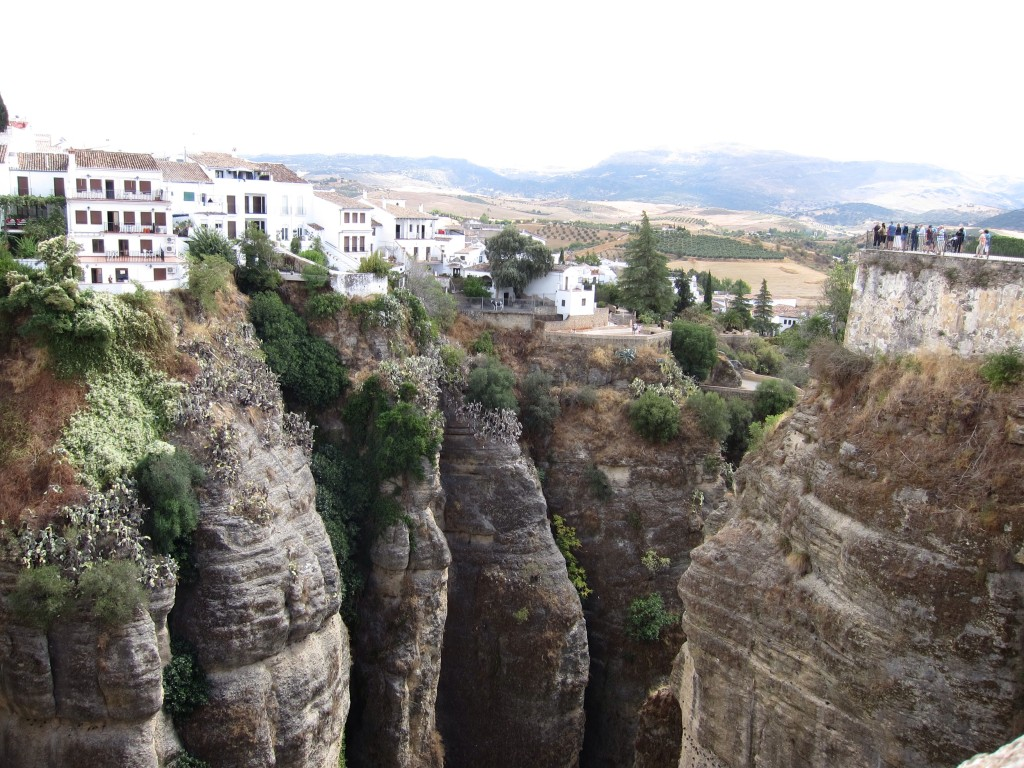 Ronda atop the gorge