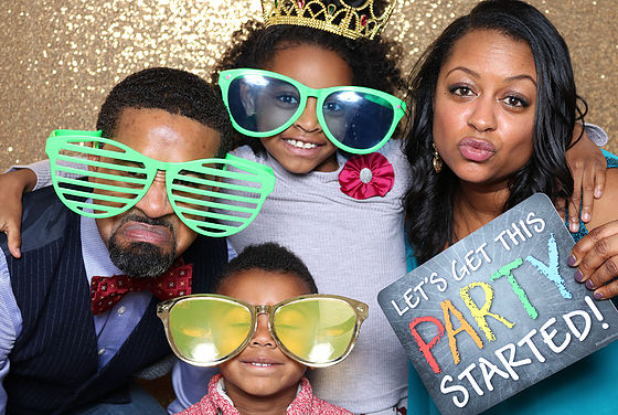 Proptography photo booth