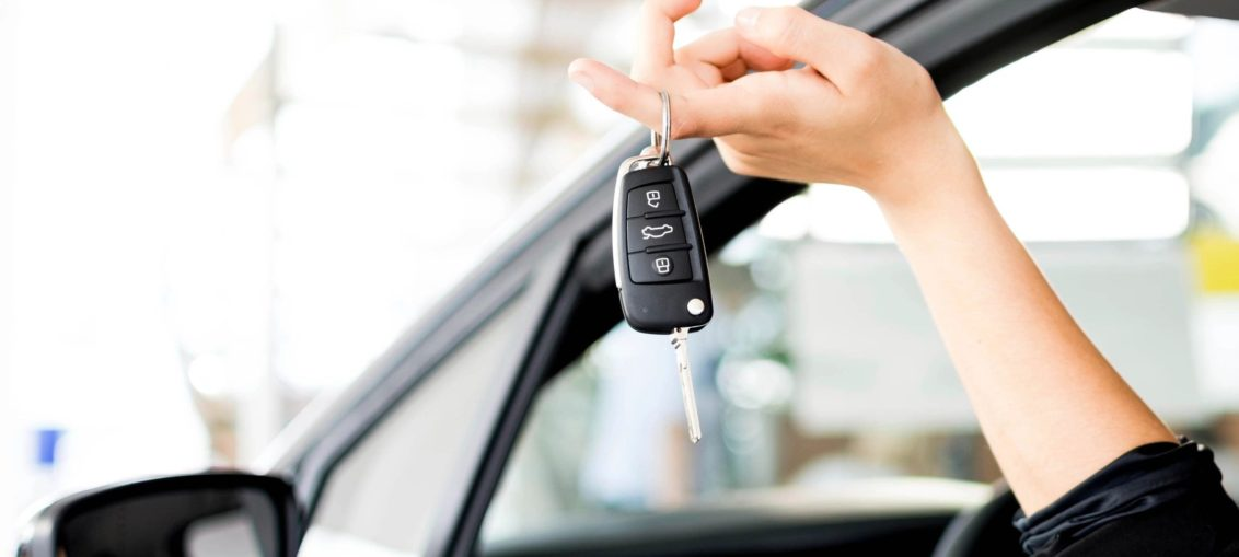 10 Tips on Saving Huge on Car Rentals