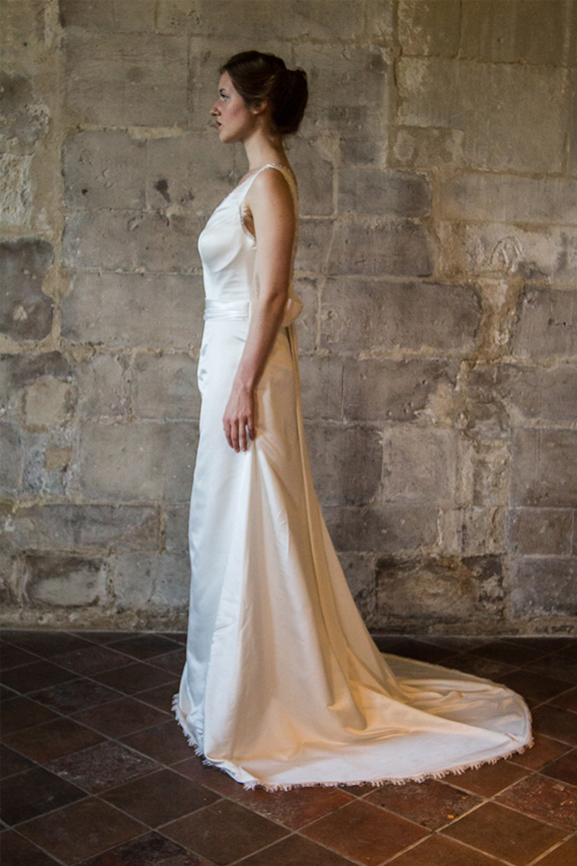 Robe INGRID (Crédit photo: Tiphaine Lemoine)