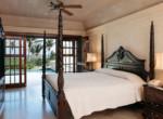 913 - Bedroom