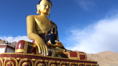Sham Valley trek - Buddha statue