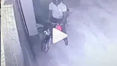 Photo of CCTV Footage Captures Delivery Rider Eating Customer's Food In Mombasa